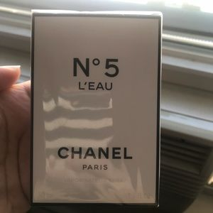Other - C H A N E L fragrance #5